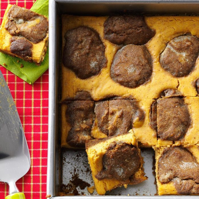 New Hampshire: Gingerbread-Pumpkin Cheesecake Bars