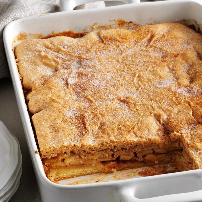 Chunky Apple-Cinnamon Cake