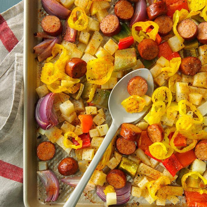 Spicy Roasted Sausage, Potatoes and Peppers