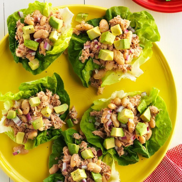Day 1 Lunch: Tuna and White Bean Lettuce Wraps