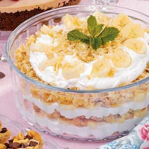 Banana Macaroon Trifle