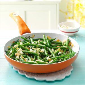 Lemony Almond-Feta Green Beans