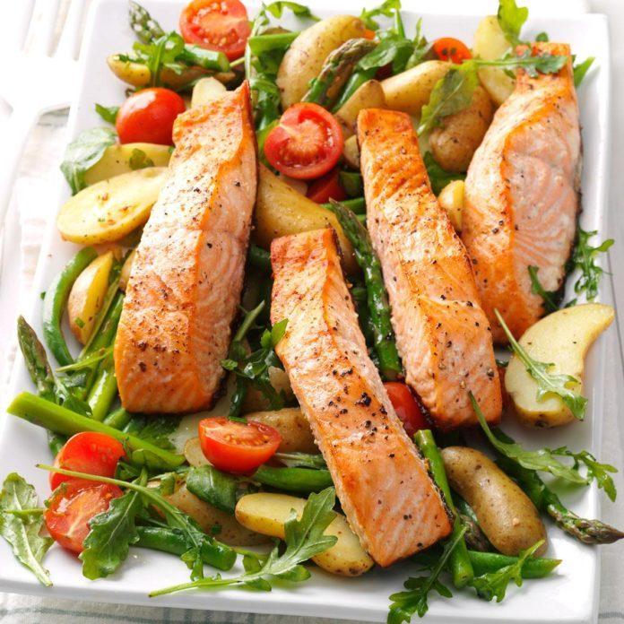 Day 16: Salmon and Spud Salad