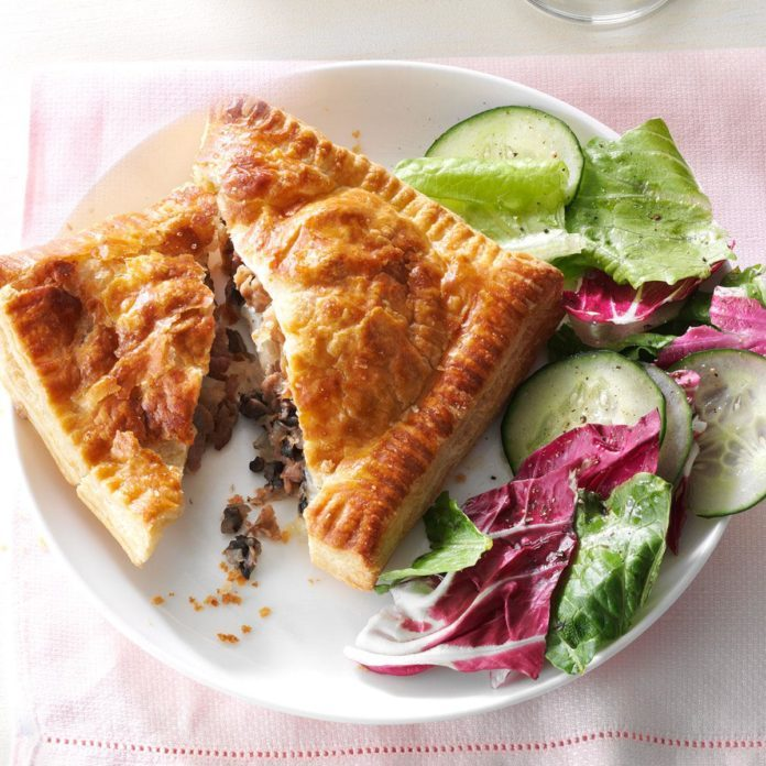 Make: Provolone Beef Pastry Pockets