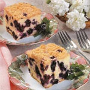 Moist Blueberry Buckle