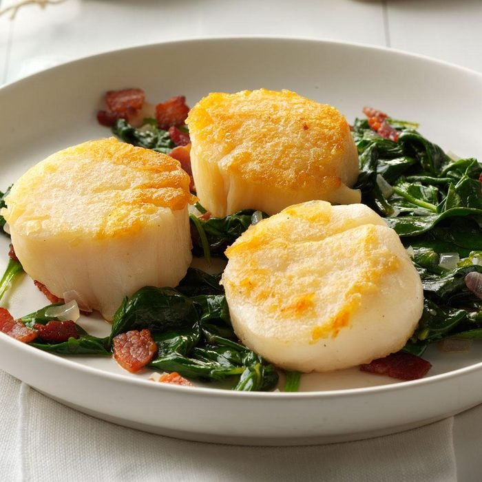 Scallops with Wilted Spinach