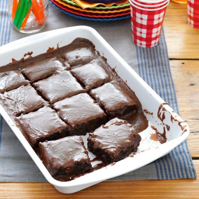 Inspired By: Cracker Barrel's Double Chocolate Fudge Coca-Cola Cake