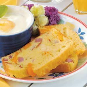 Ham 'n' Cheese Egg Loaf