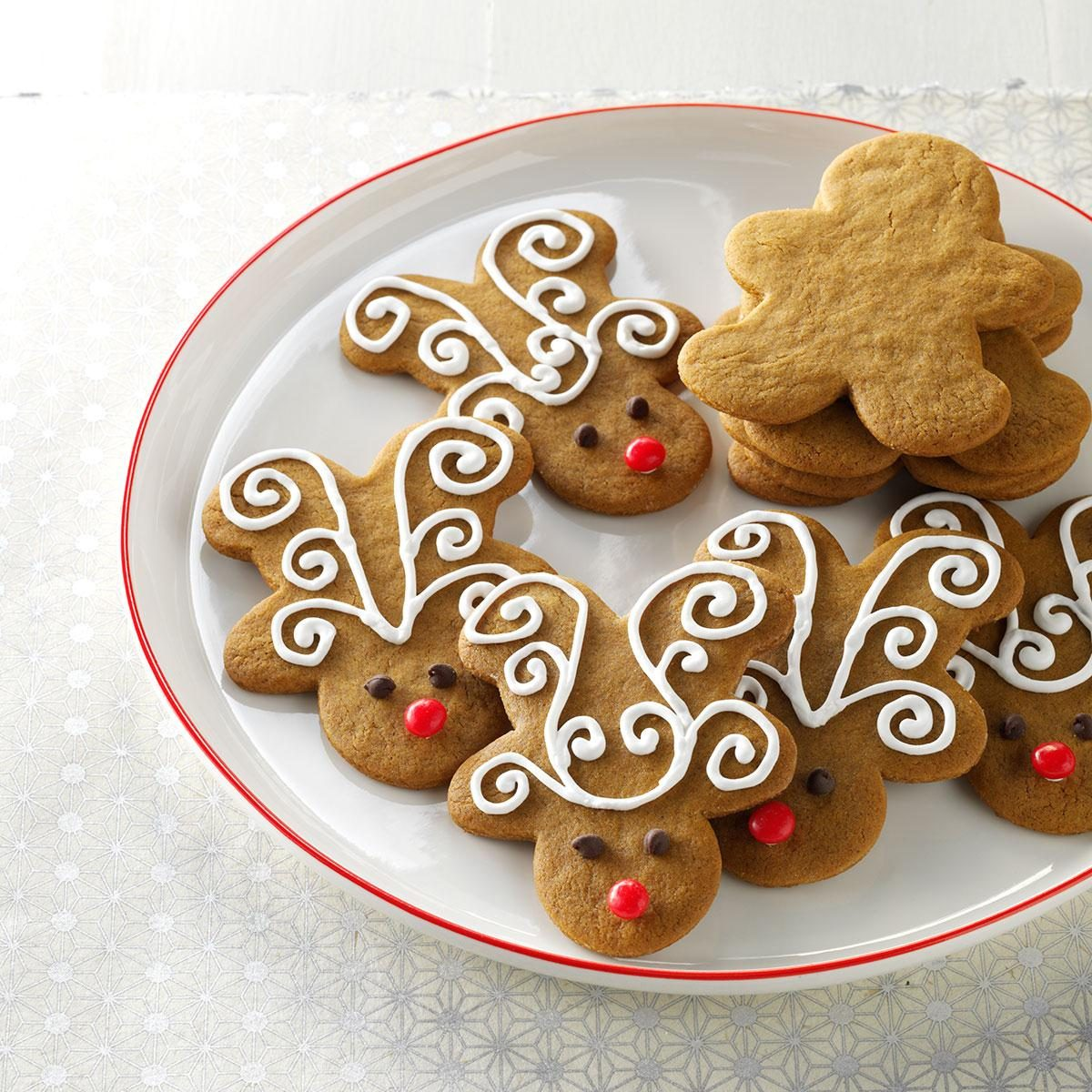 Jolly Ginger Reindeer Cookies Recipe | Taste of Home