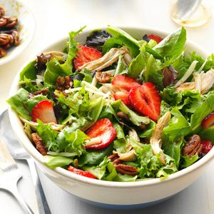 Strawberry-Chicken Salad with Buttered Pecans