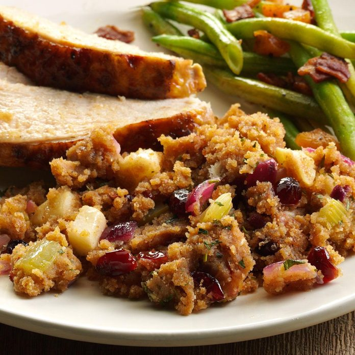 Herbed Apple-Cranberry Bread Dressing