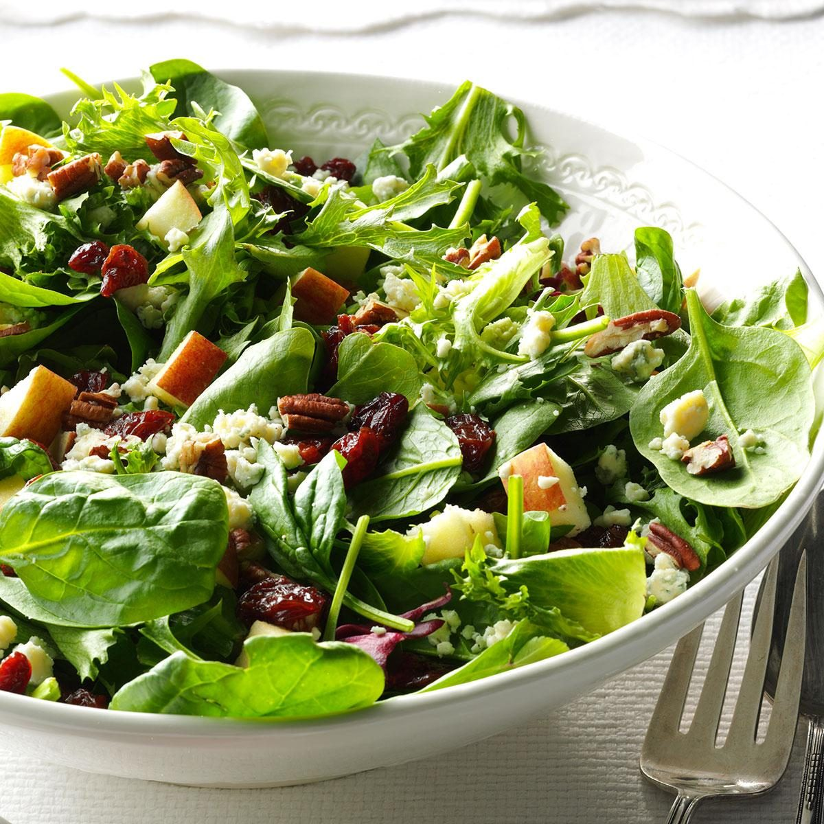 Michigan Cherry Salad with Spinach