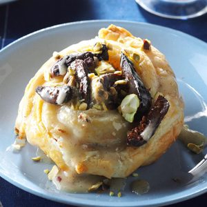 Honey-Roasted Figs in Puff Pastry