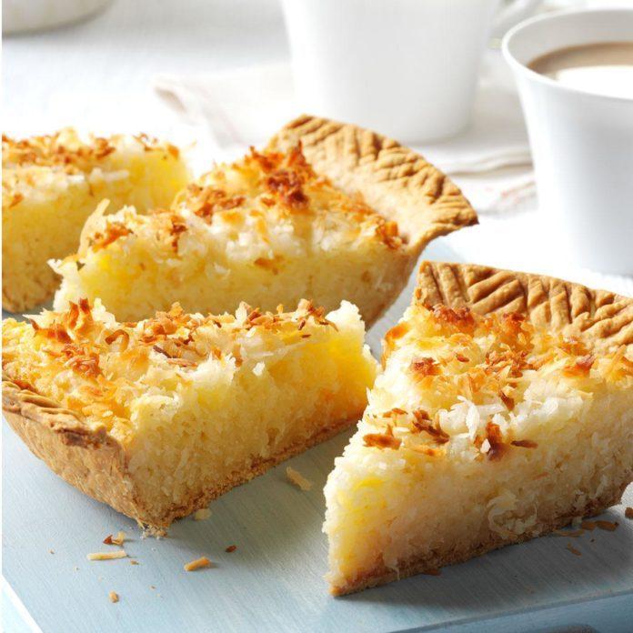 Coconut Macaroon Pie