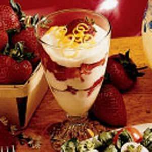 Strawberries with Lemon Cream