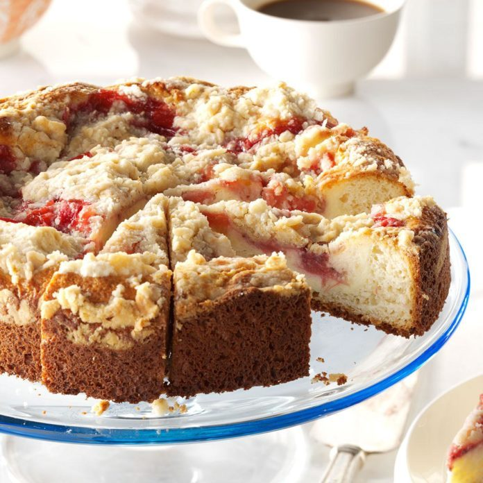 Rhubarb and Strawberry Coffee Cake