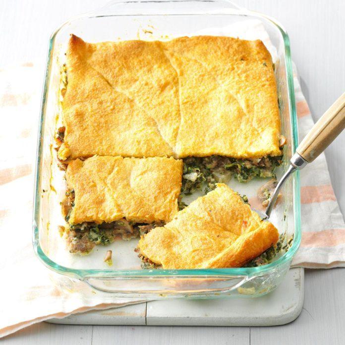 Sausage & Spinach Crescent Bake