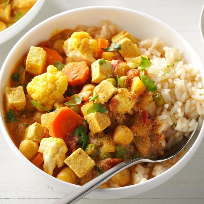 Day 19: Cauliflower & Tofu Curry