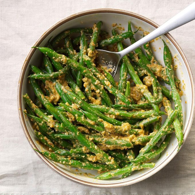 Green Beans in Red Pepper Sauce
