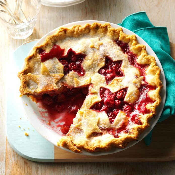Juicy Cherry Pie