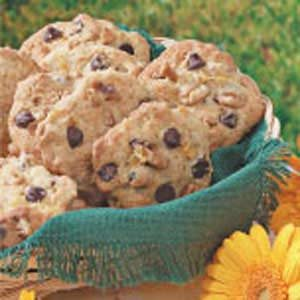 Pineapple Chocolate Chip Cookies