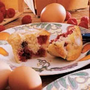 Easy Raspberry Muffins