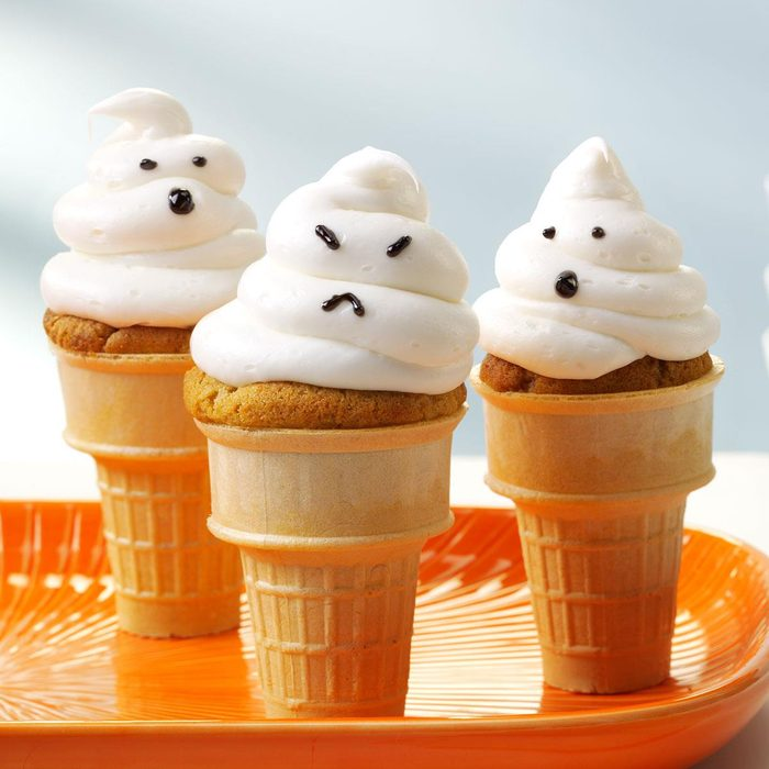 Spooky Snack: Ghostly Cupcake Cones