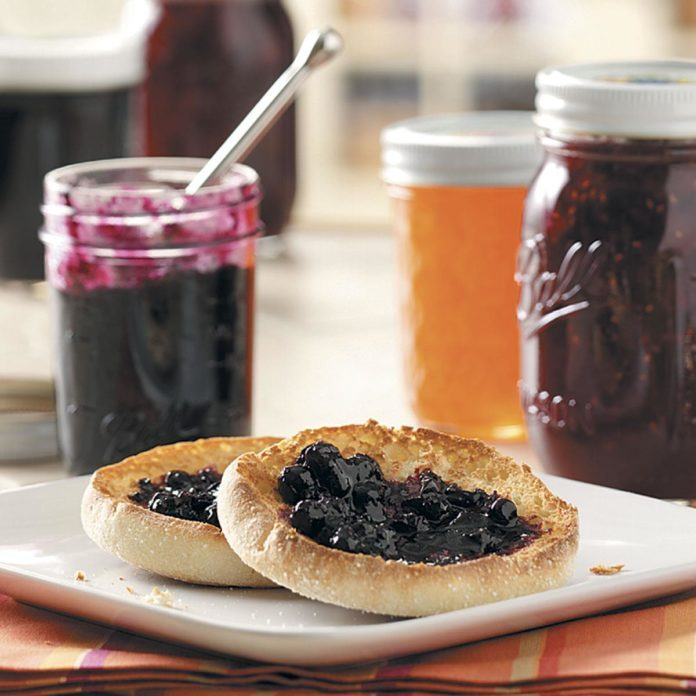 Cinnamon Blueberry Jam