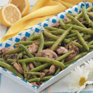 Savory Green Beans with Mushrooms