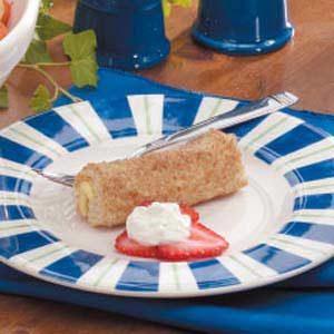 Berries 'n' Cream Roll-Ups