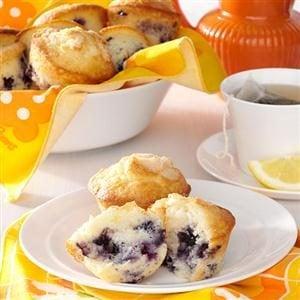 Sour Cream Blueberry Muffins