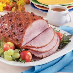 Sweet & Spicy Apricot-Glazed Ham