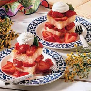 Mom's Strawberry Shortcake Free Recipe from Taste of Home