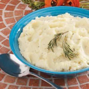 Garlic-Rosemary Mashed Potatoes