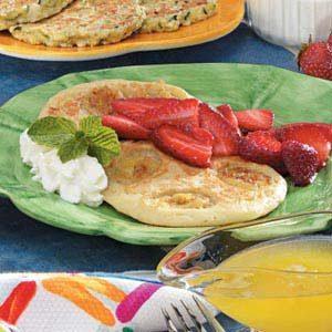Banana Pancakes with Berries