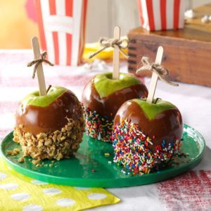 Cinnamon Caramel Apples