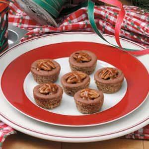 Caramel Chocolate Cheesecake Bites