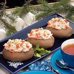 Salmon-Stuffed Potatoes