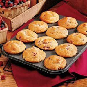 Sourcream Berry Muffins
