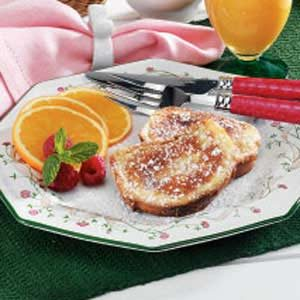 Quick Eggnog French Toast