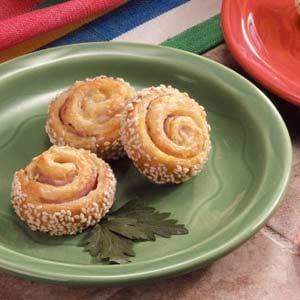 Ham-It-Up Sesame Pinwheels