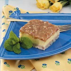 Cheesecake Praline Squares
