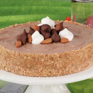 Chocolaty Almond Cheesecake