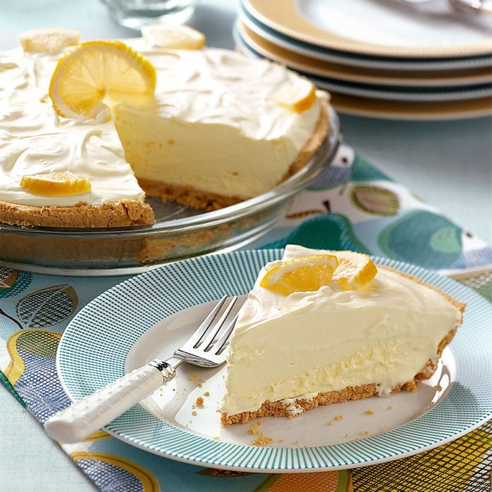 West Virginia: Lemonade Icebox Pie