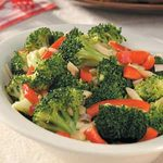 Broccoli with Sauteed Red Pepper