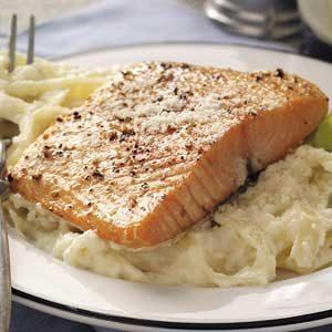 Salmon with Fettuccine Alfredo