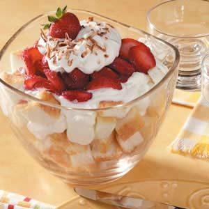 Strawberry Yogurt Trifle