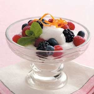 Chantilly Fruit Topping