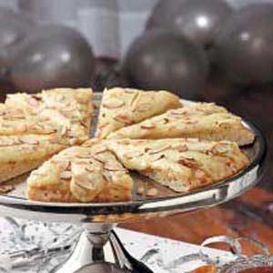 Garlic Brie Pizza