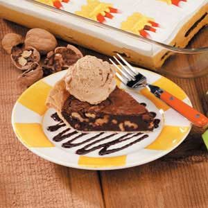 Walnut Fudge Pie